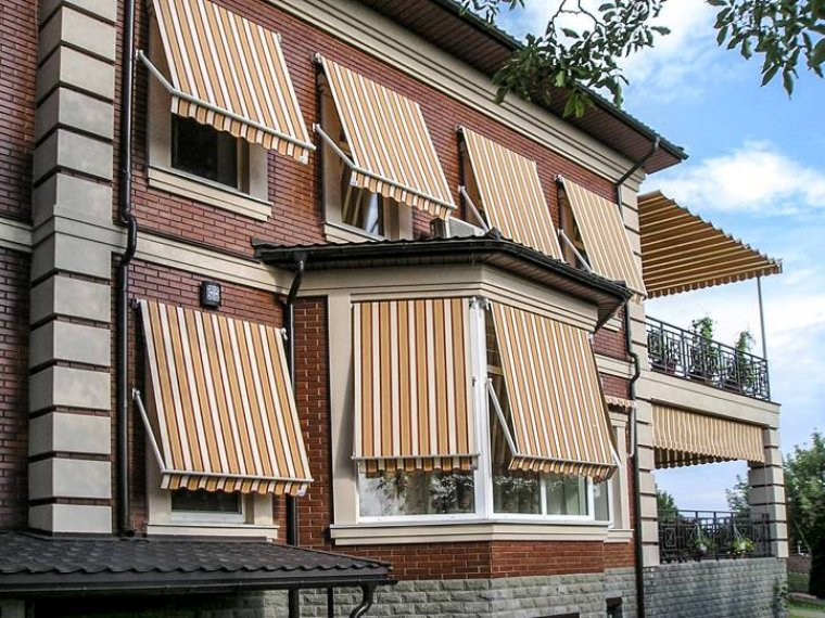 Sklopná markýza na balkon Rimini