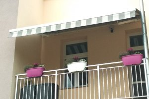 Markýza Sirius na balkoně, realizace Bohemiaflex CS