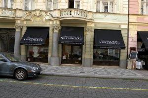 Výklopná markýza Rimini, realizace firma Atypy